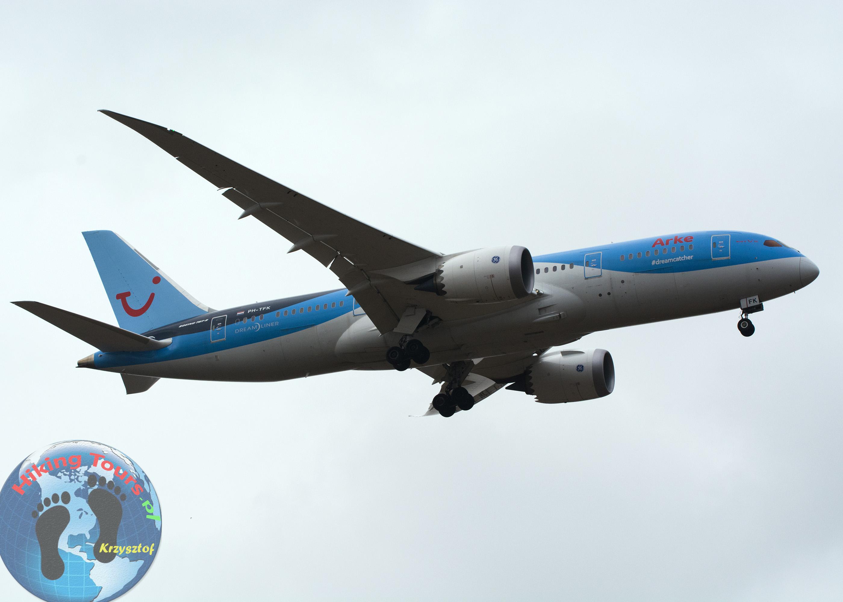 dreamliner 787-8 ARKE